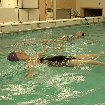 Préparation à la naissance en piscine